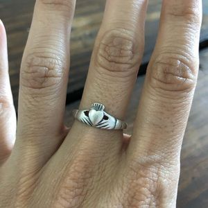 Jewelry - Claddagh Ring